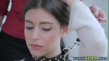 Умопомрачительный кинофильм про французских в нейлоне девок по вызову