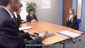 Массажист показывает клиентке что анальный секс это не очень больно