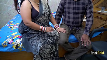 Мохнатую мохнатку девушки от трахал и обкончал