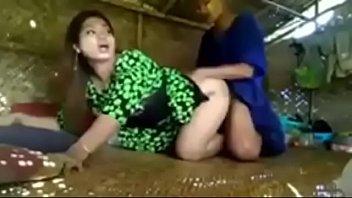 Русская девка ивана шугар присела на большой хер негра
