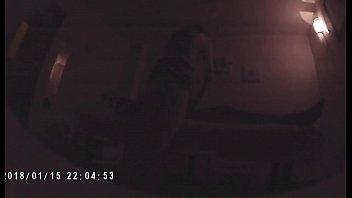 Молодая красотуля выполняет глубокий минет до рвоты на эротичном порно отборе