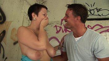 Сладкий домашний секс молодого факера и его обалденной подруги